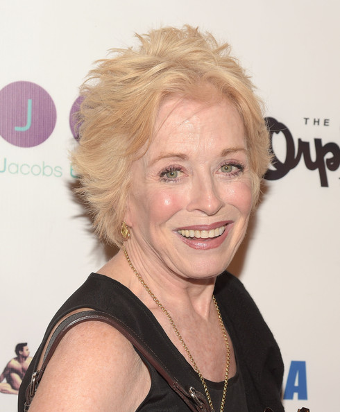 Holland Taylor Layered Razor Cut [hair,face,hairstyle,blond,chin,eyebrow,forehead,shoulder,smile,long hair,arrivals,holland taylor,orpheum theatre,los angeles,california,best in drag show]