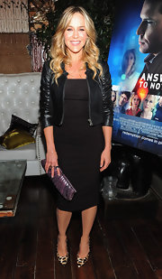 Julie Benz added a touch of drama to her all-black ensemble with ultra chic animal print pumps.
