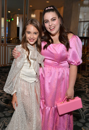 Beanie Feldstein went matchy-matchy with this pink box purse and dress combo at the HPFA Grants Banquet.