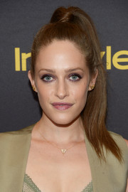 Carly Chaikin channeled the '80s with this high ponytail at the HFPA and InStyle Golden Globe Award season celebration.