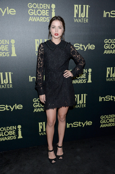More Pics of Ana de Armas Loose Ponytail (2 of 2) - Updos Lookbook - StyleBistro [clothing,dress,little black dress,cocktail dress,fashion,carpet,premiere,fashion model,footwear,shoulder,ana de armas,golden globe award,ysabel,west hollywood,california,hollywood foreign press association,instyle celebrate,instyle celebration,golden globe award season]