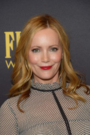 Leslie Mann looked youthful and pretty with her long waves at the HFPA and InStyle Golden Globe Award season celebration.