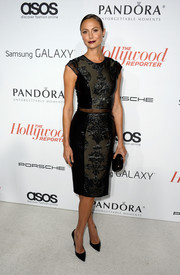 Stacy Keibler looked stunningly elegant in a lace-panel LBD at the Hollywood Reporter Emmy party.