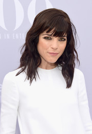 Selma Blair looked fab at the Women in Entertainment Breakfast wearing this wavy 'do with eye-grazing bangs.