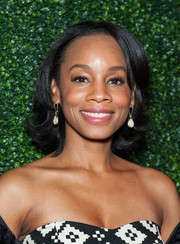 Anika Noni Rose went retro with this flipped bob at the House of Flowers dinner.
