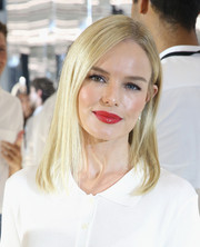 Kate Bosworth's red pout totally popped against her white outfit.