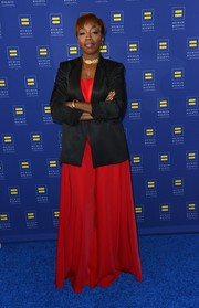 Estelle paired a black blazer with a red gown for the Human Rights Campaign Los Angeles Gala.