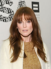Julianne Moore added some sexy lash-grazing bangs to her look for the Americans for Marriage Equality launch.
