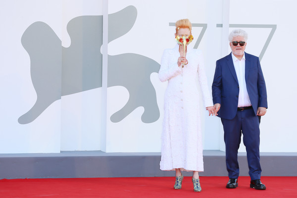 More Pics of Tilda Swinton Evening Pumps (5 of 69) - Tilda Swinton Lookbook - StyleBistro [the human voice,quo vadis,movie,red carpet,carpet,flooring,technology,event,gesture,carpet,aida,pedro almod\u00e33var,red carpet,venice,red carpet,77th venice film festival,venice,carpet,suit]