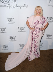 Kesha made a regal entrance in a beaded pink Azzi & Osta gown with a long train at the Humane Society of the United States' To The Rescue Gala.