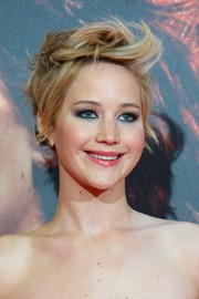 Jennifer Lawrence looked super cool with her short messy 'do at the 'Catching Fire' Madrid premiere.