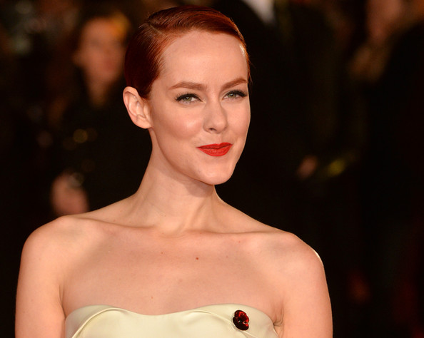 Jena Malone rocked bright red lipstick at the London premiere of 'The Hunger Games: Mockingjay – Part 1.'