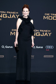 Julianne Moore went for dramatic elegance in a black Jason Wu gown with frayed ruffle detailing at the 'Hunger Games: Mockingjay - Part 2' world premiere.