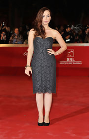 Ciara Francini donned a strapless black lace dress with classic pumps for the 'Hysteria' premiere at the Rome Film Festival.