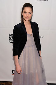 Amanda dons a dark navy velvet blazer with her floor length lilac dress at the Gotham Independent Film Awards.