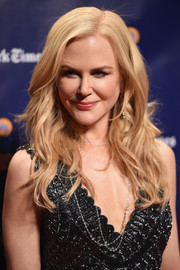 Nicole Kidman looked glam with her piecey waves at the 2017 Gotham Independent Film Awards.
