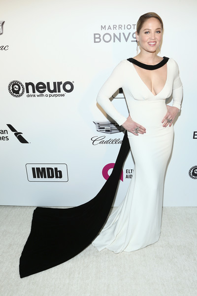 Erika Christensen looked regal in a white Elizabeth Kennedy fishtail gown with a black train at the Elton John AIDS Foundation Oscar-viewing party.