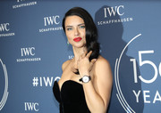 Adriana Lima showed off a stylish leather-band quartz watch at the IWC Schaffhausen Gala.