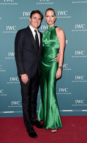 Karolina Kurkova slipped into an emerald-green satin halter gown by Saloni for the 2019 IWC Schaffhausen Gala.