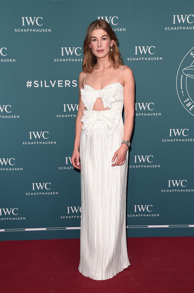 Rosamund Pike was sweet and sexy at once in a bow-adorned cutout gown by Givenchy at the 2019 IWC Schaffhausen Gala.