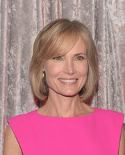 Willow Bay attended the IWMF Courage in Journalism Awards wearing a bob with side-swept bangs.