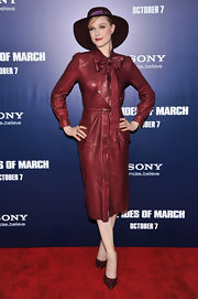 Evan Rachel Wood wore a daring burgundy ensemble at the 'Ides of March' premiere. She topped off the look with matching croc skin pumps.