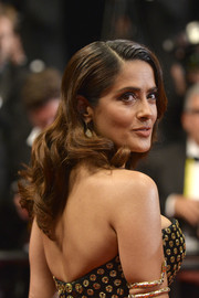 Salma Hayek showed off perfectly styled waves at the 'Il Racconto Dei Racconti' premiere.