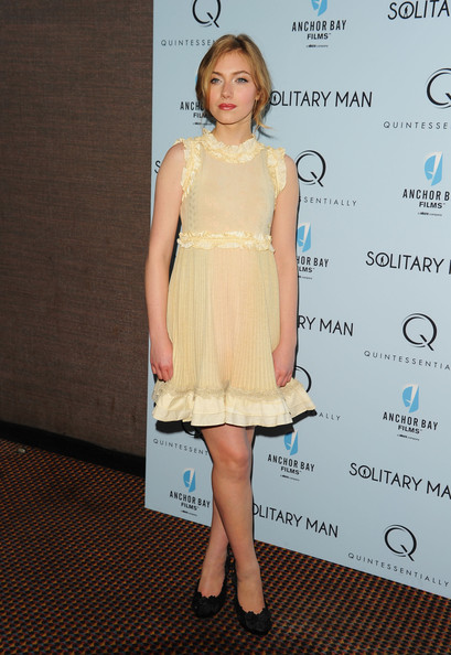 Imogen Poots Baby Doll Dress [solitary man,clothing,dress,cocktail dress,hairstyle,fashion,shoulder,leg,carpet,premiere,a-line,arrivals,imogen poots,new york,cinema 2,premiere]