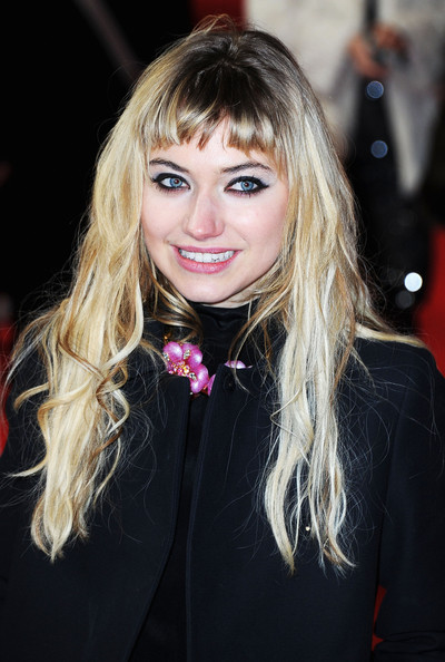 Imogen Poots Long Straight Cut with Bangs [the look of love premiere,hair,blond,face,hairstyle,lip,long hair,beauty,eyebrow,bangs,layered hair,imogen poots,berlin,germany,friedrichstadtpalast,berlinale international film festival]