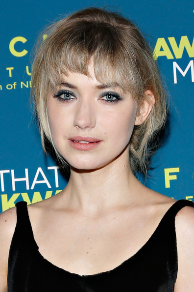 Imogen Poots Smoky Eyes [that awkward moment,hair,face,hairstyle,blond,eyebrow,chin,bangs,shoulder,beauty,lip,imogen poots,screening - arrivals,new york,sunshine landmark,screening]