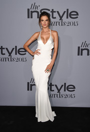 Alessandra Ambrosio was her usual seductive self in a slinky white halter gown by Alexandre Vauthier Couture during the InStyle Awards.