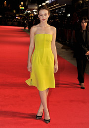 Carey Mulligan dazzled in a bright yellow strapless dress by Christian Dior during the 'Inside Llewyn Davis' screening in London.