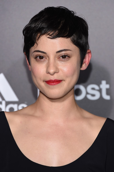 Rosa Salazar attended the NYC premiere of 'Insurgent' wearing her hair in a breezy pixie.