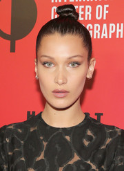 Bella Hadid slicked her hair up into a top knot for the Infinity Awards.