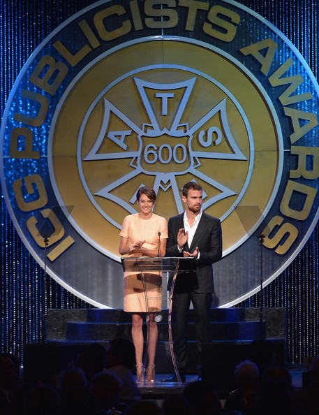 More Pics of Shailene Woodley Short Side Part (1 of 41) - Short Hairstyles Lookbook - StyleBistro [performance,event,stage,talent show,world,shailene woodley,theo james,regent beverly wilshire hotel,beverly hills,california,international cinematographers guild,iatse local 600 presents the 51st annual publicists awards luncheon]