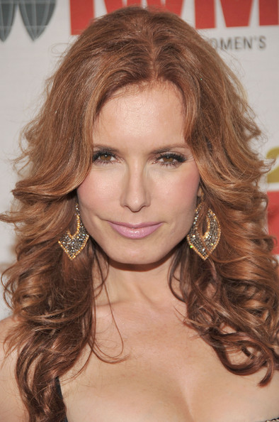 More Pics of Tracey E. Bregman Long Curls (1 of 6) - Tracey E. Bregman Lookbook - StyleBistro