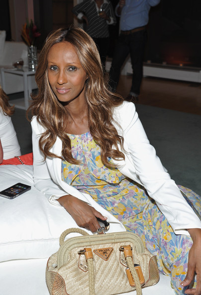 Ageless beauty Iman looked darling in a floral dress that she paired with a white blazer. Iman finished off the look with soft curls.
