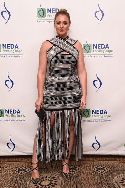 Iskra Lawrence Box Clutch [clothing,fashion,dress,carpet,fashion design,shoulder,red carpet,cocktail dress,footwear,event,an evening unmasking eating disorders,national eating disorder association hosts 15th annual benefit gala,annual benefit gala,iskra lawrence]