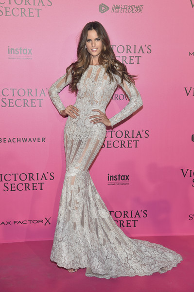 Izabel Goulart Mermaid Gown