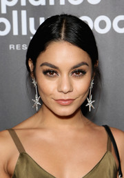 Vanessa Hudgens kept it low-key with this loose bun at the 'Jennifer Lopez: All I Have' finale after-party.