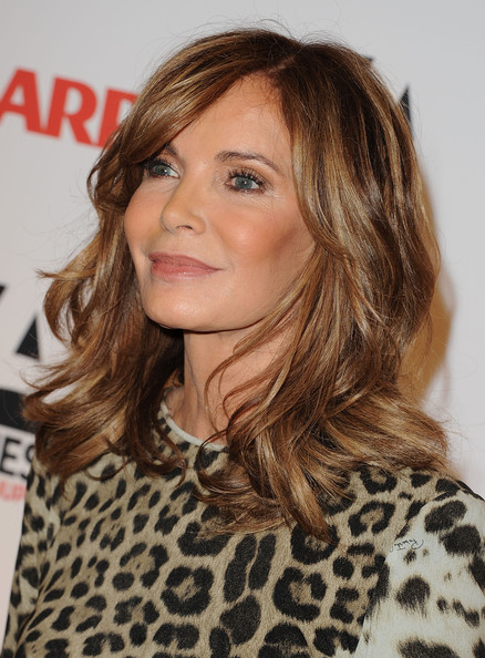 Jaclyn Smith Medium Wavy Cut