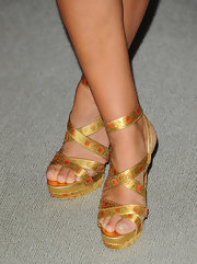 Jade Jagger's feet were looking extra regal in these strappy golden sandals.