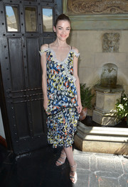 Jaime King channeled summer in this cold-shoulder print dress by Peter Pilotto during the ColourPop launch.
