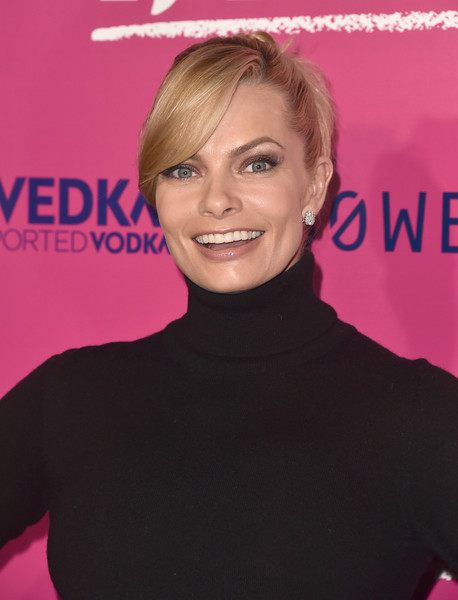 Jaime Pressly Twisted Bun [hair,hairstyle,blond,pink,eyebrow,lip,beauty,chin,premiere,forehead,neon,arrivals,tonya,jaime pressly,california,hollywood,egyptian theatre,premiere of neon,premiere]