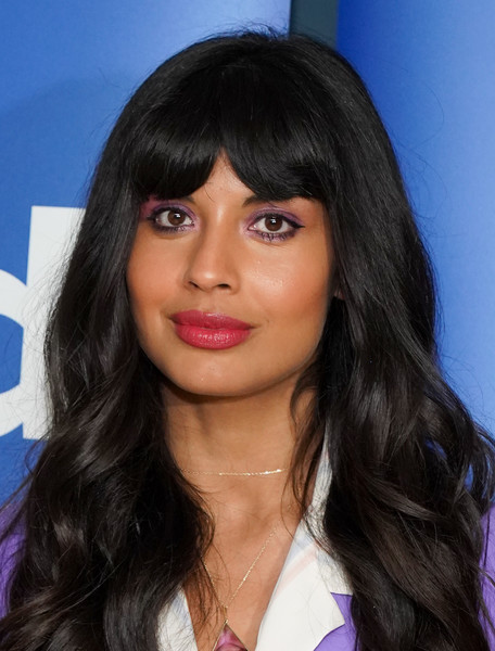 Jameela Jamil Long Wavy Cut with Bangs [the good place,hair,face,hairstyle,eyebrow,black hair,lip,long hair,forehead,bangs,chin,jameela jamil,fyc @ ucb,california,los angeles,ucb sunset theater,universal television,fyc]