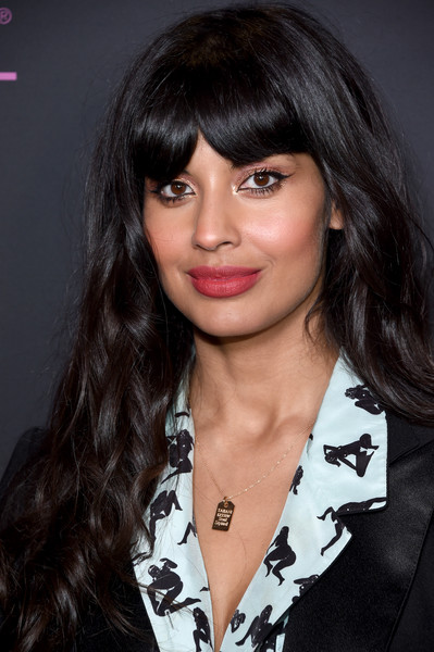 Jameela Jamil Long Wavy Cut with Bangs [hair,face,hairstyle,bangs,eyebrow,black hair,layered hair,lip,chin,brown hair,spotify,jameela jamil,nina garcia,women in music,arrivals,host elle,new york city,e entertainment,elle]