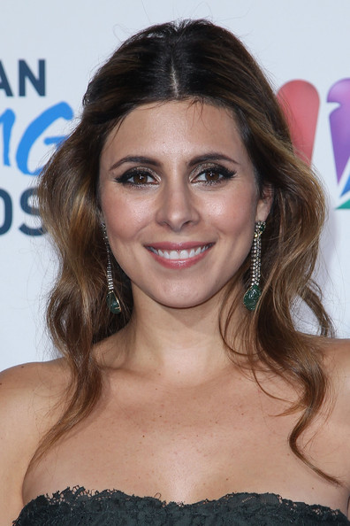 Jamie-Lynn Sigler Half Up Half Down