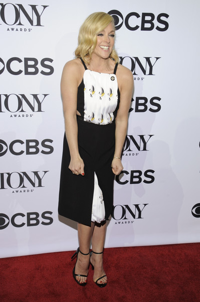 Jane Krakowski Cutout Dress [press junket,clothing,shoulder,dress,cocktail dress,red carpet,carpet,hairstyle,fashion,footwear,joint,nominees,jane krakowski,tony awards,new york city,paramount hotel,diamond horseshoe,american theatre wing,tony awards meet the nominees press junket]