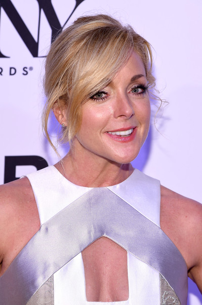 Jane Krakowski Loose Bun [hair,blond,face,hairstyle,beauty,shoulder,eyebrow,chin,lip,premiere,tony honors for excellence in the theatre and honoring the 2016 special award,diamond horseshoe,new york city,jane krakowski,tony honors cocktail party,recipients,arrivals,recipients]