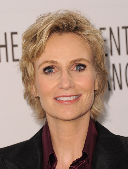 Jane Lynch Short Wavy Cut [glee,hair,face,hairstyle,blond,eyebrow,chin,forehead,lip,layered hair,smile,paleyfest 2011,jane lynch,beverly hills,california,saban theatre,paley center for media,event]